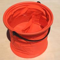 文强 带隔层洗笔桶 折叠伸缩橡胶塑料水桶 红色